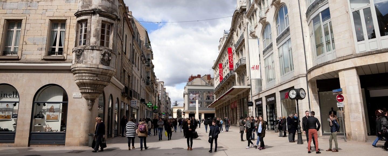 Création d'entreprises : le bus BGE fait halte à Dijon